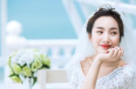 拍婚纱照笑不出来怎么办 教你笑出最美的自己