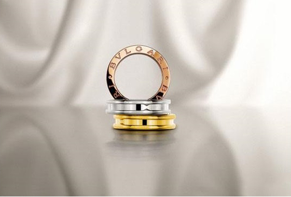 宝格丽戒指.jpg