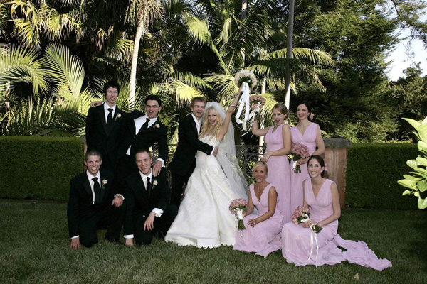 艾薇儿婚礼上的歌曲叫什么1.jpg