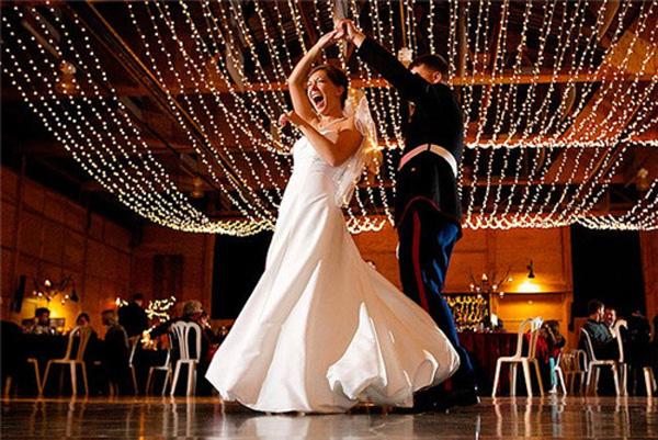 婚礼歌曲1.jpg